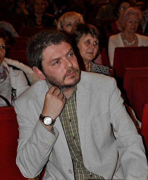 Миронов А.Н. врач терапевт, диетолог-нутрициолог. консультант Компании Апифарм, АРГО